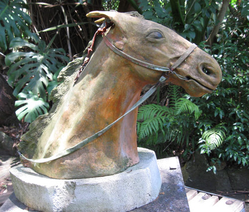 sandra Jones race horse sculpture